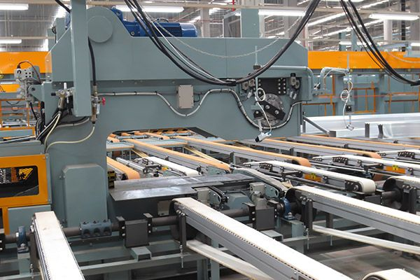 Eaton reduces Maintenance Costs with Elmo Rietschle