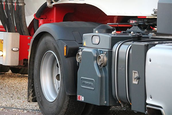 dry bulk blower and compressor truck mounted haulage